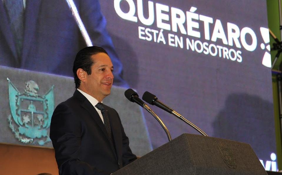Francisco Domínguez, gobernador de Querétaro, positivo a Covid-19