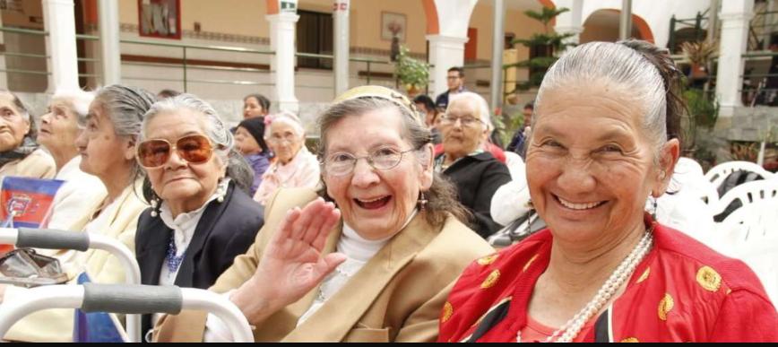 Aumenta pensión para adultos mayores y discapacitados