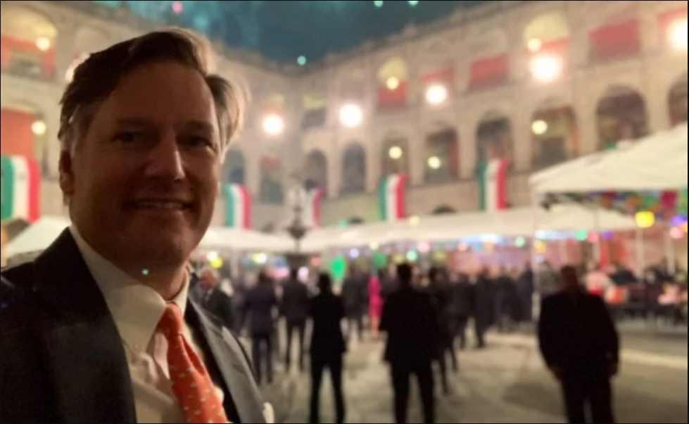 Embajador Landau pide a estadunidenses en México regresar a su país