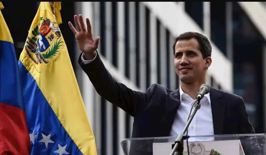 Juan Guaidó pide ayuda de Rusia y China para derrocar a Maduro