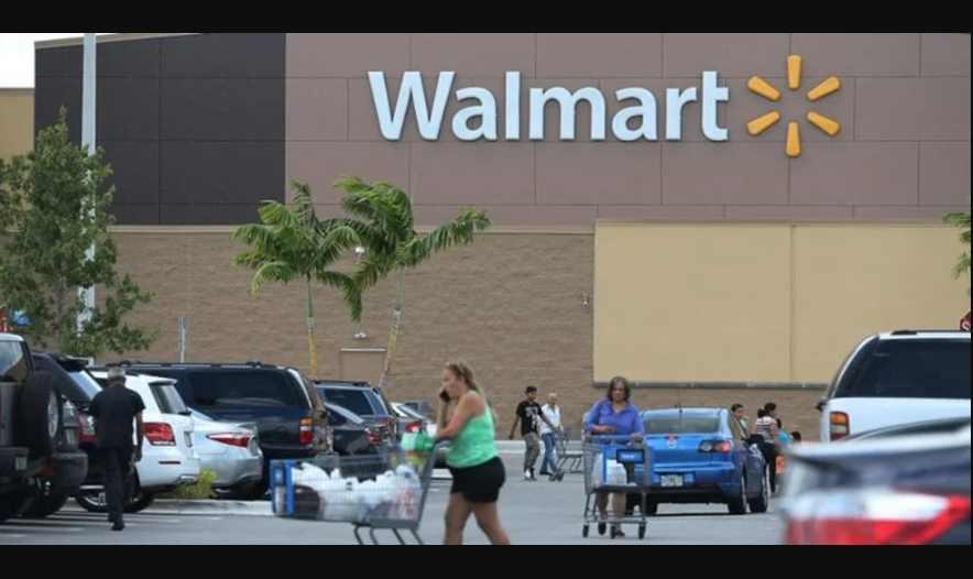 Cierran Walmart por muerte de empleado y varios contagiados de Covid-19