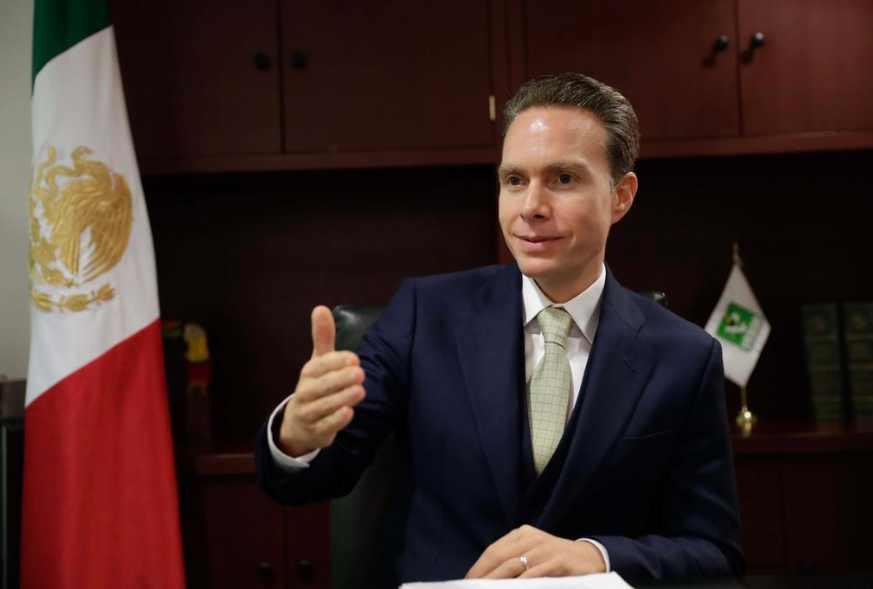 Manuel Velasco propone que senadores donen 100% de salario para comprar insumos a médicos