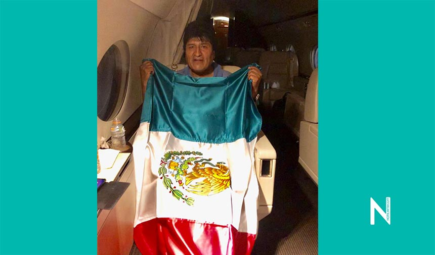 Evo Morales pisa suelo mexicano, llega como asilado político