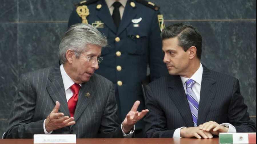 SCT detecta 'cientos de irregularidades' en proyectos de Peña Nieto