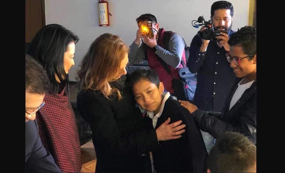 Niños y niñas en orfandad por feminicidios serán protegidos por gobierno mexicano
