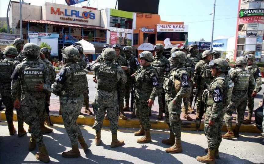 Pobladores de Tecoanapa retienen a 16 agentes de la Guardia Nacional