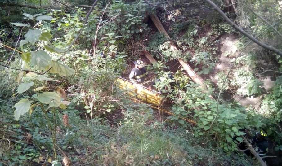 Hombre resbala y cae de barranca de 60 metros en Bosque de Chapultepec; fue rescatado después de 10 horas