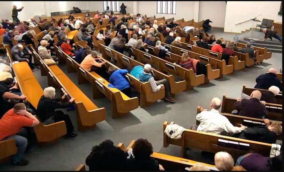 Pastor y casi centenas de feligreses se contagian de COVID en iglesia hispana en Nueva York