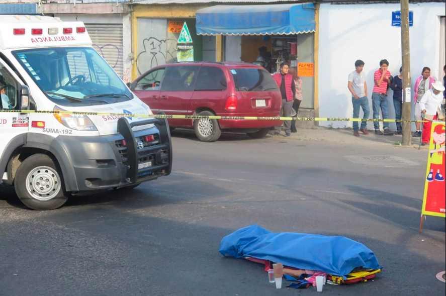 Detienen a chofer de microbús que atropelló a su suegra