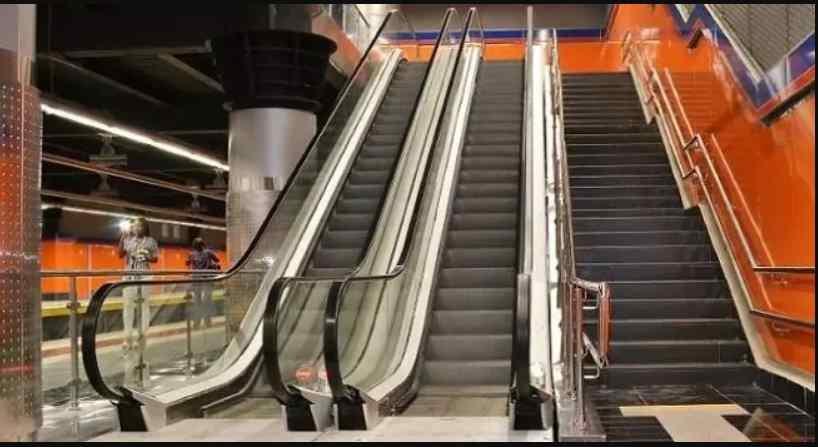 Metro renovará 55 escaleras eléctricas dañadas por orines
