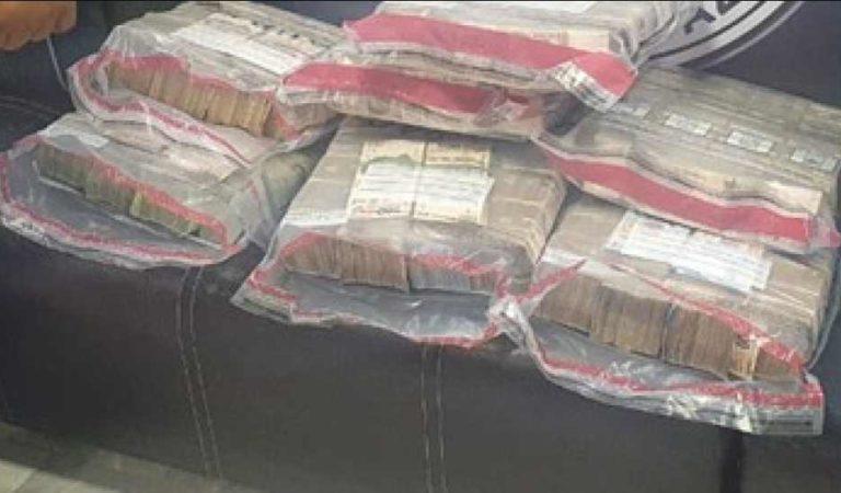 Detienen a 2 personas que transportaban 16 millones de pesos en AICM, sin acreditar procedencia