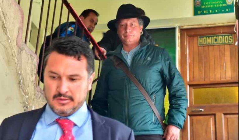 Llegan a México dos exfuncionarios de Evo Morales