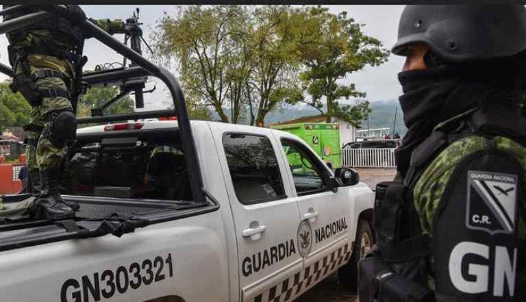 Guardia Nacional asegura más de 60 mil litros de combustible en Coahuila; detienen a 2 personas
