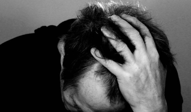 Hombre vivía solo, decidió quitarse la vida de un balazo por tristeza