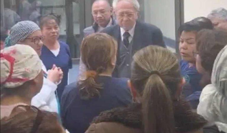 ¡Ni, agua, ni guantes! En visita sorpresa de secretarios, personal de Neurología exhibe deficiencias | VIDEO