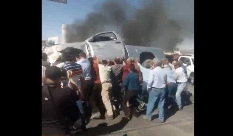 Agricultores queman camionetas de Conagua por extracción de agua en presa La Boquilla | VIDEO
