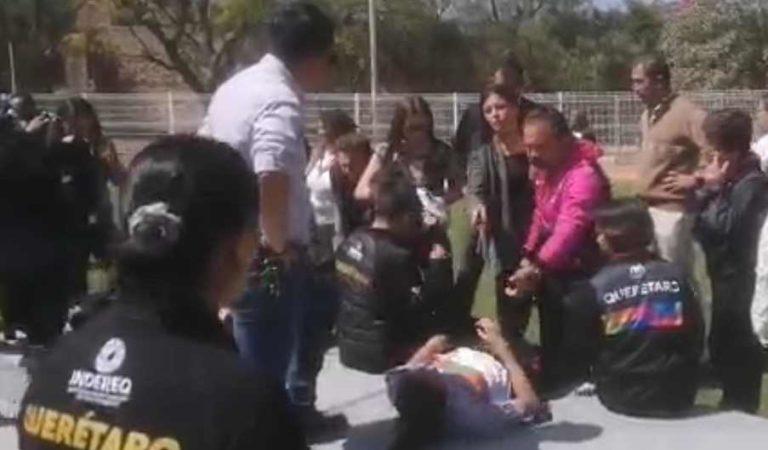 Se lesionan presidenta del DIF Querétaro y atletas al colapsar tarima