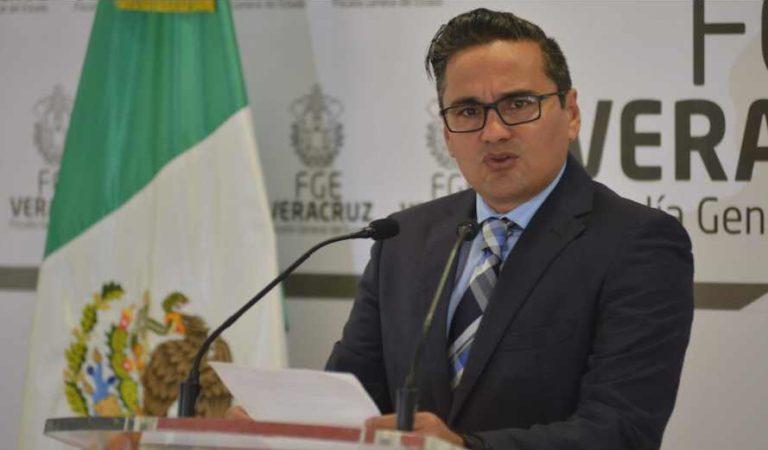Tras ordenes de aprehensión, Winckler es separado de su cargo como fiscal de Veracruz