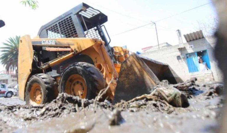 Un muerto y 2 heridos entre ellos un menor por desplome de barda en Ecatepec