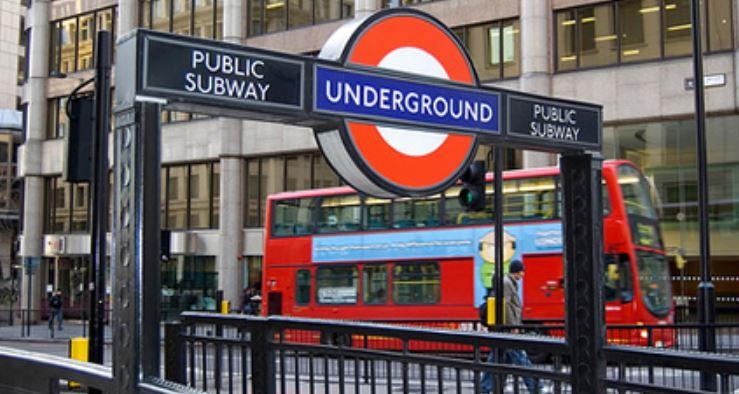 Londres cierra 40 estaciones del metro y reduce servicio de autobuses