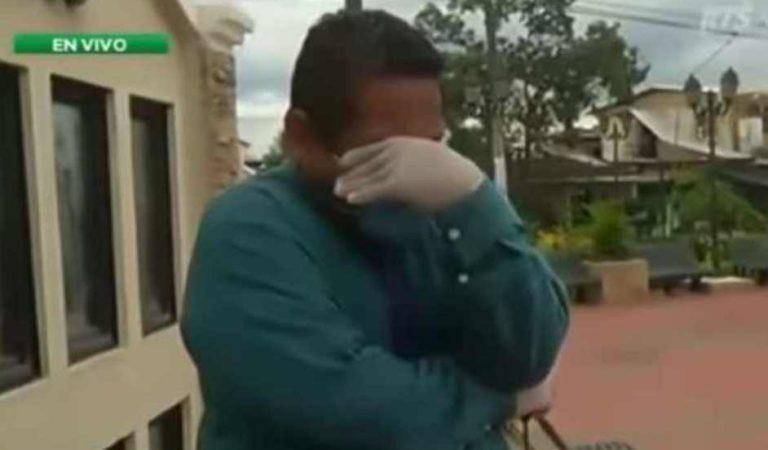 Reportero llora al informar sobre el coronavirus y pide quedarse en casa | VIDEO