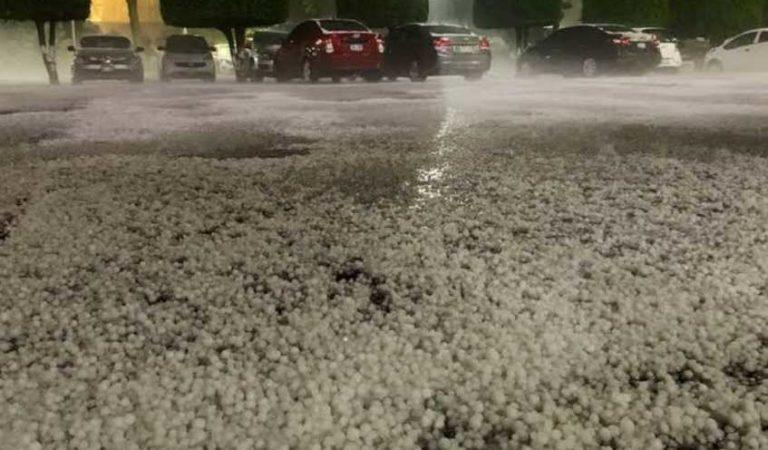 Fuerte tormenta con granizo en varios puntos de CDMX (videos)