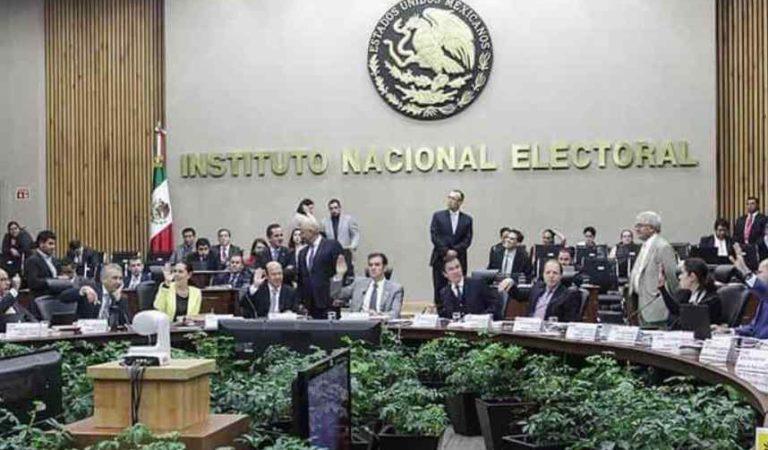 Consejeros del INE seguirán ganando más que AMLO durante 2020
