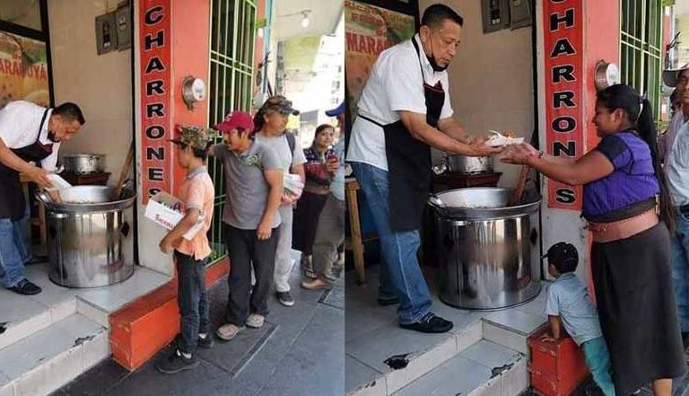 Local de carnitas se solidariza y regala comida a ambulantes afectados por COVID-19