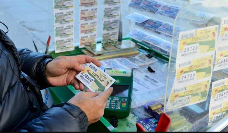 La vida le dio un giro, padre de familia gana la lotería tras perder empleo por Covid-19