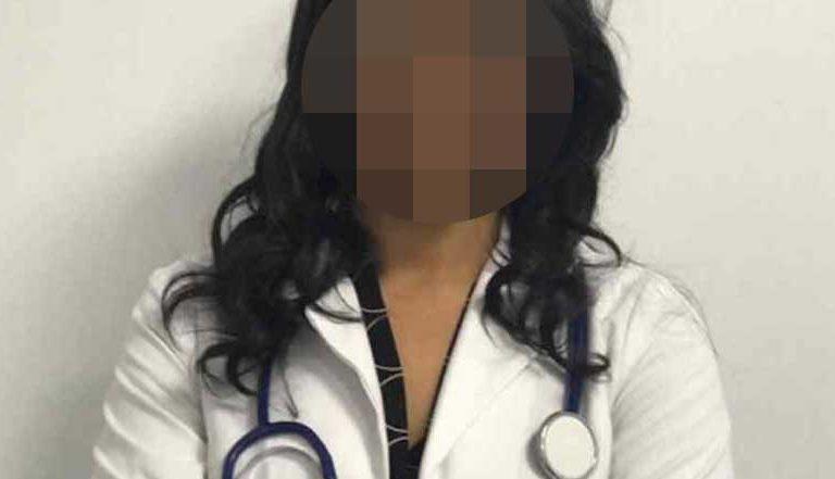 Sujeto ataca a pedradas a nutrióloga, la culpó de enfermar a la gente de Covid-19