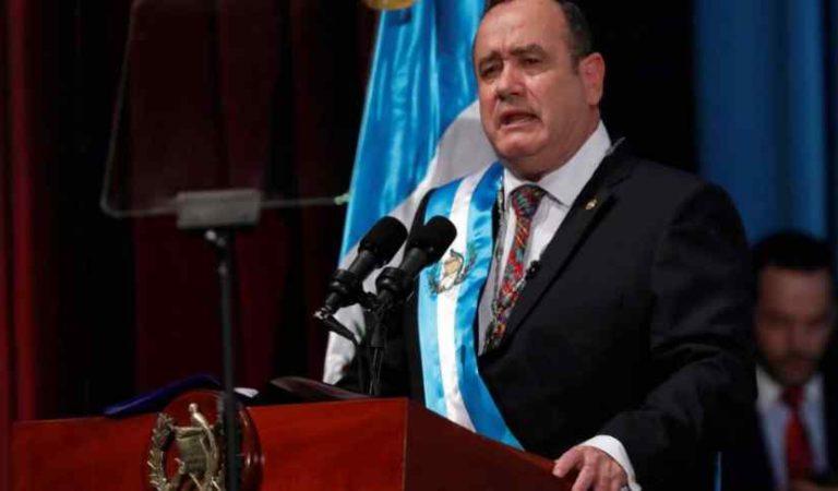 Guatemala acusa a México por aumento de casos de COVID; dice que guatemaltecos acudieron a feria en Tapachula
