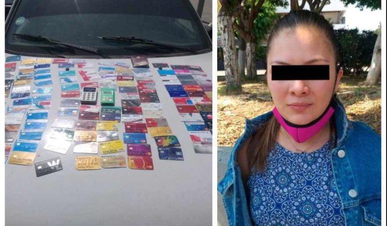 Detienen a tres colombianos con 165 tarjetas bancarias clonadas