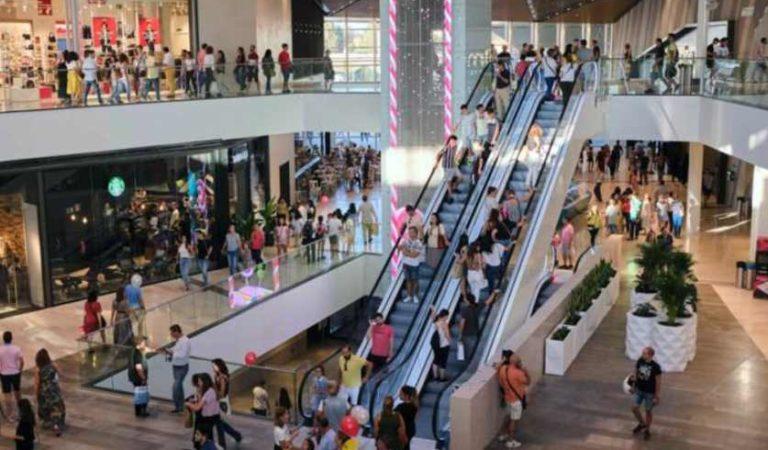 Monterrey anuncia reapertura de plazas comerciales; tendrán permitido 30% de su capacidad