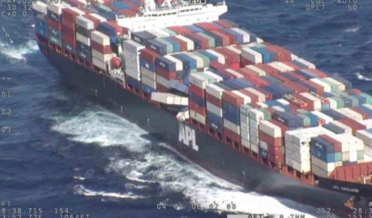 Caen 40 contenedores de insumos médicos de buque