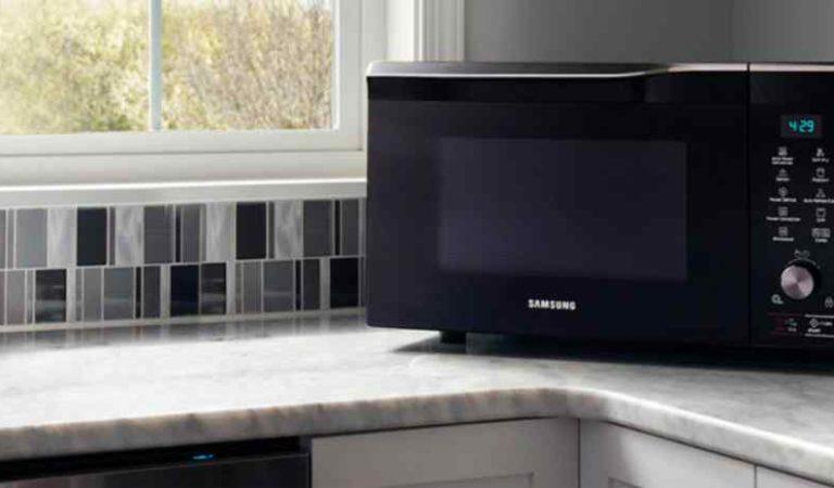7 errores que todos cometen al utilizar el horno de microondas; podrían ser perjudiciales para la salud