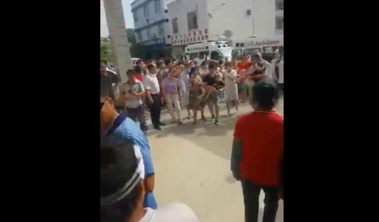 Guardia ataca con cuchillo a más de 40 personas en escuela de china; director y alumno en estado crítico| VIDEO