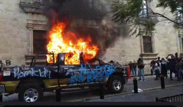 Protestan en Guadalajara por asesinato de Giovanni López | VIDEOS