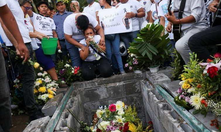 Desgarradora y triste despedida para Alexander Gómez en Oaxaca