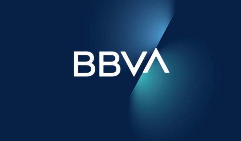 Reportan caída de la app de BBVA; usuarios enfurecen