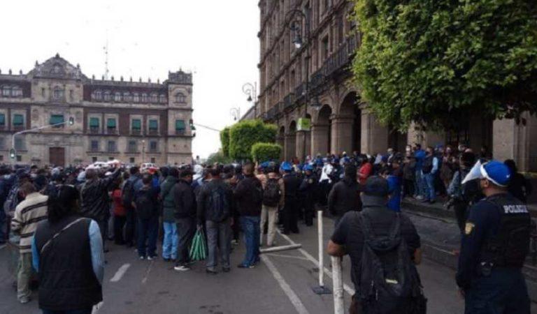 Policías bloquean vialidades del centro en CDMX; exigen incremento salarial del 9% (video)
