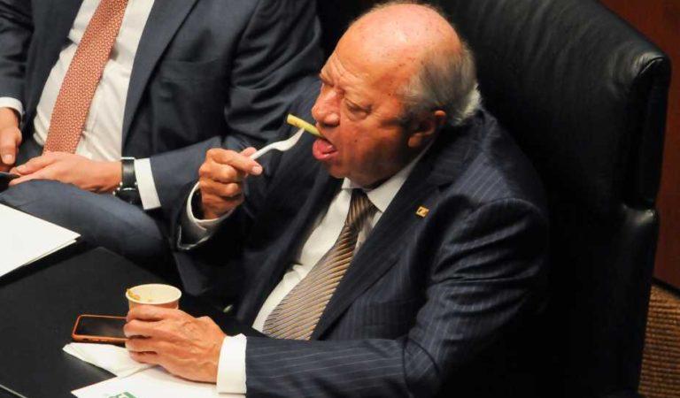 Romero Deschamps en buen estado de salud, cercanos desmienten Covid19: El Financiero