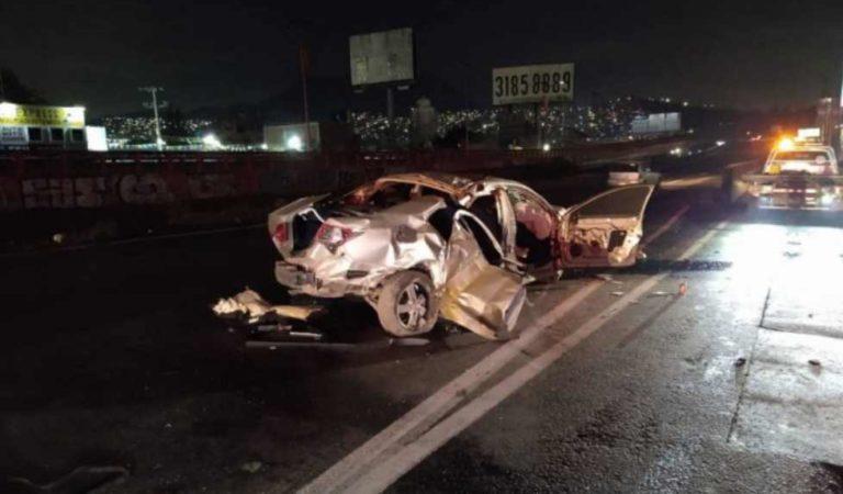 Fuerte accidente en la México-Pachuca deja un muerto; conductor escapó gravemente herido
