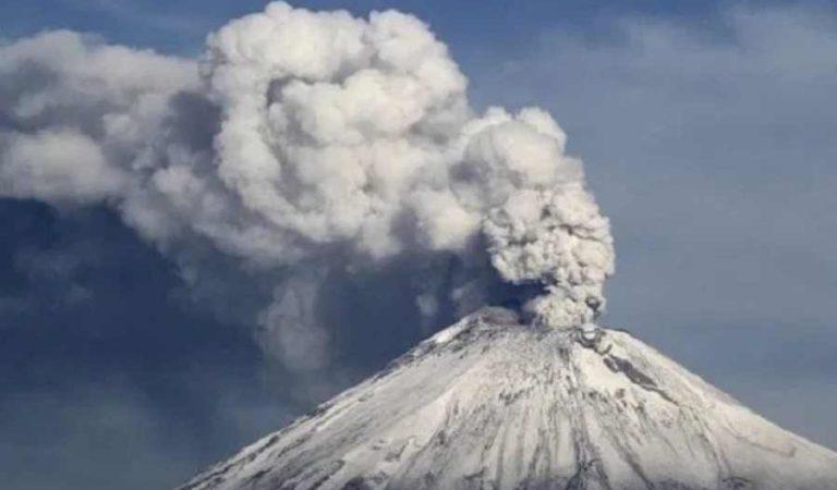 Alertan por caída de ceniza en CDMX tras explosión del Popocatépetl