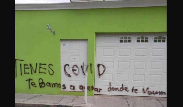 Amenazan con quemar a enfermera en Durango; vecinos se unen para arreglar su casa