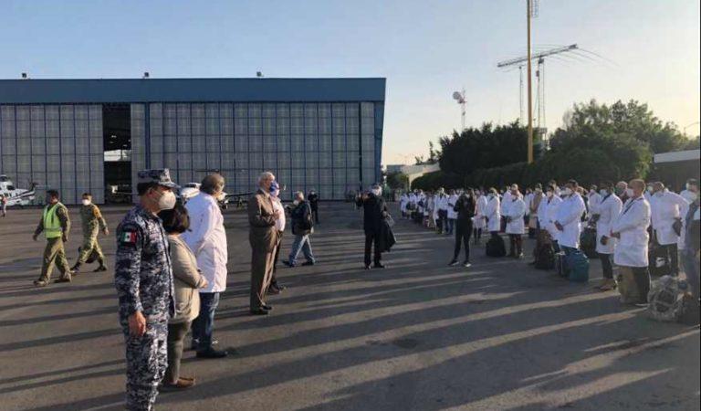 Concluye apoyo de médicos cubanos en atención a Covid-19 en la CDMX