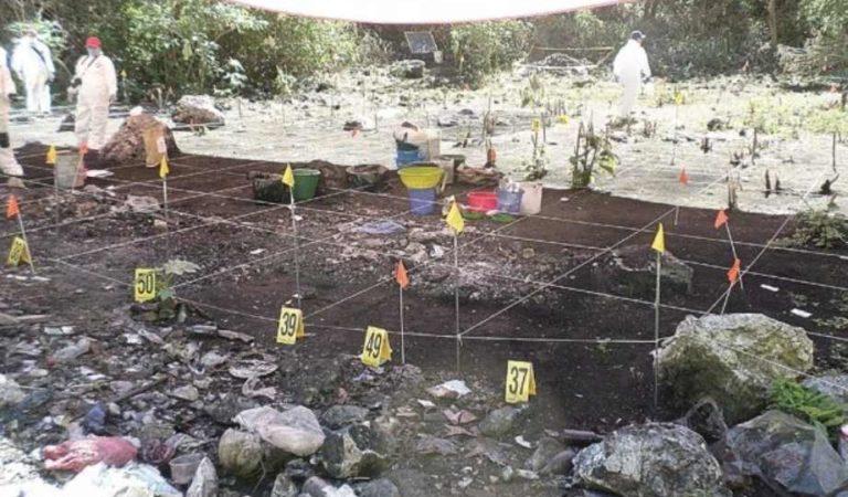 La FGR anunció que han identificado los restos de un normalista de Ayotzinapa