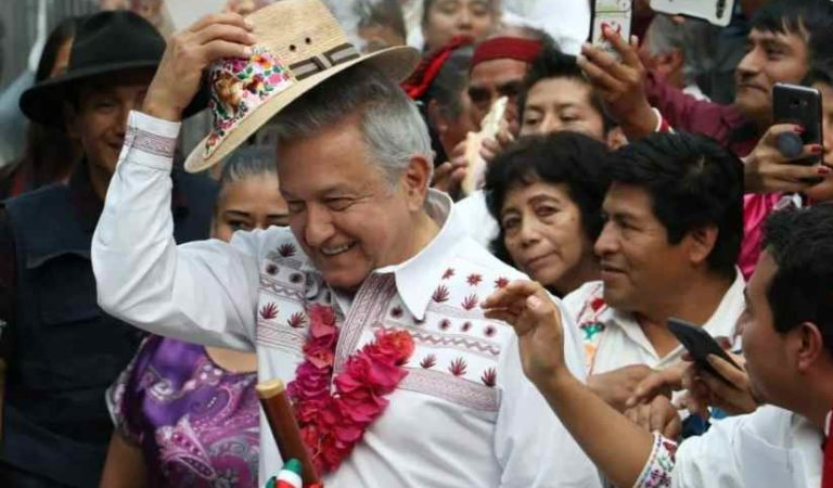 Usuarios de redes defienden a López Obrador por video de hermano #YoleCreoaAMLO