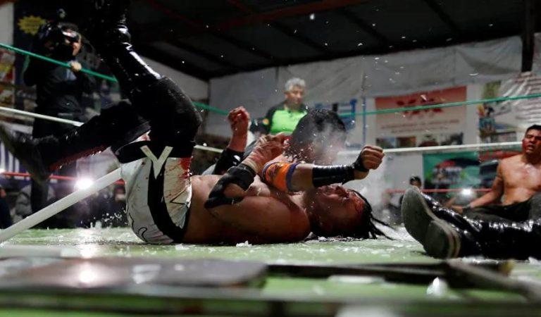 Luchadores desesperados por que reinicien funciones: 'Nos mata el hambre o la pandemia'