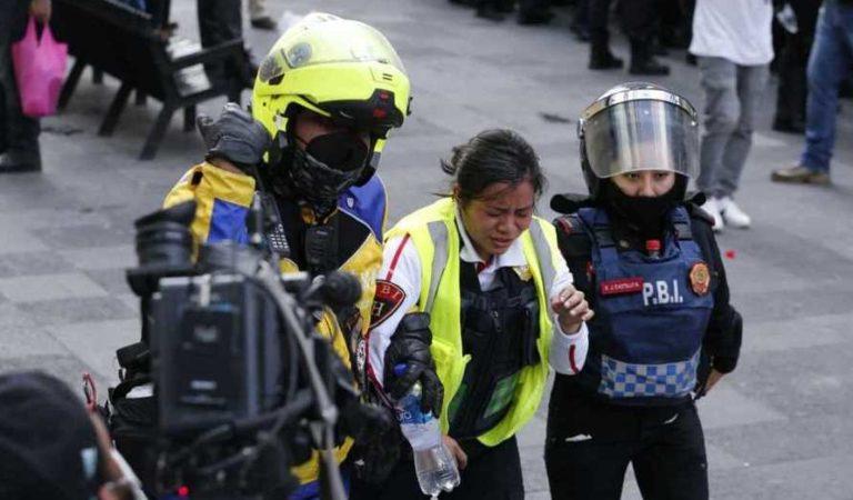 Mujeres policías son ascendidas por contener marcha feminista