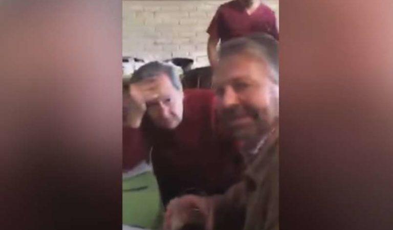 El día que Muñoz Ledo asistió a la fiesta del 'jefe Diego' y compartió mesa con Castañeda